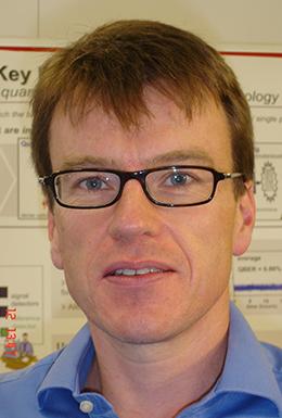 アンドリュー・シールズ氏 Andrew J.Shields,Ph.D.