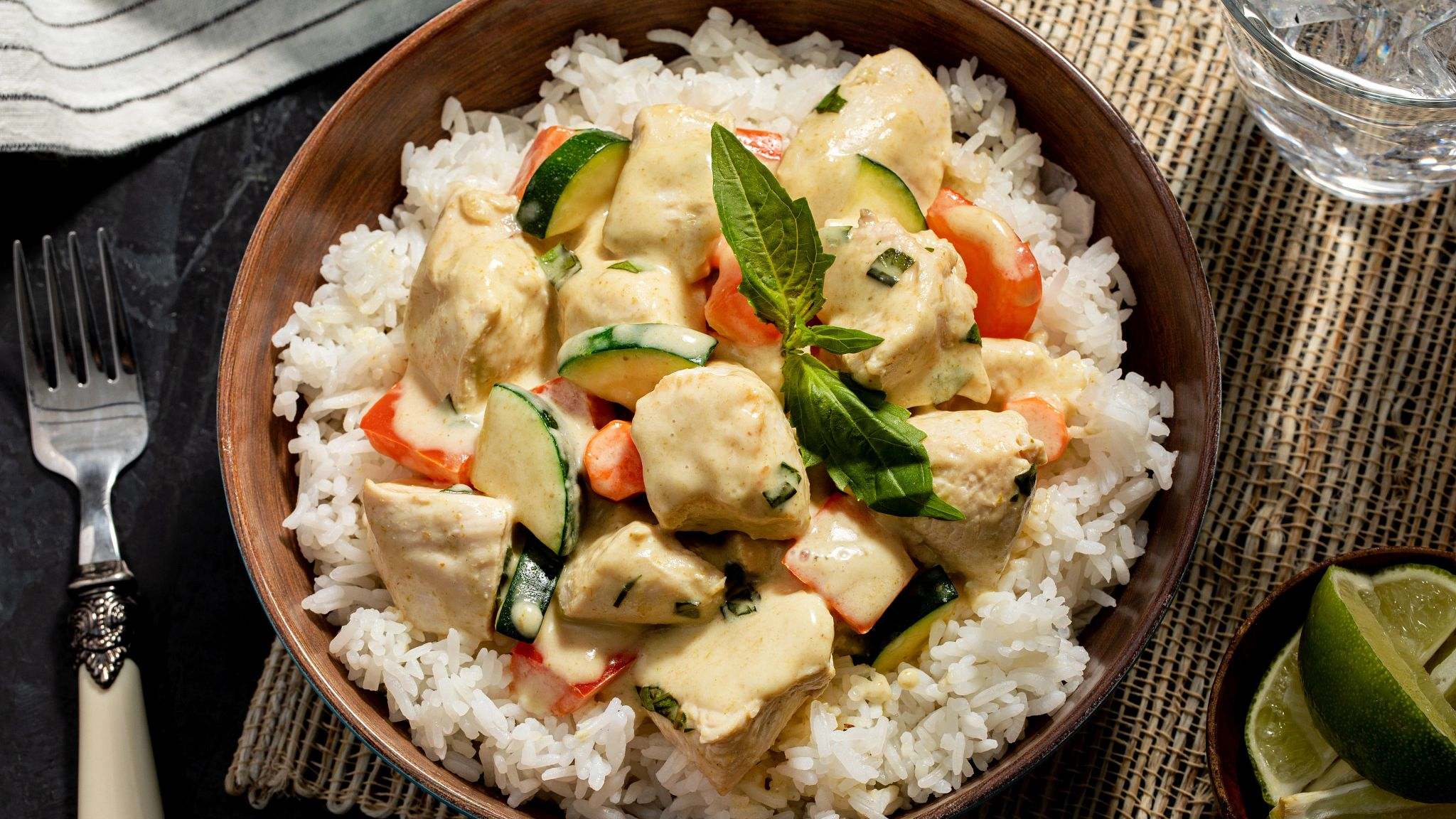 green_curry_chicken_with_basil_1414.jpg