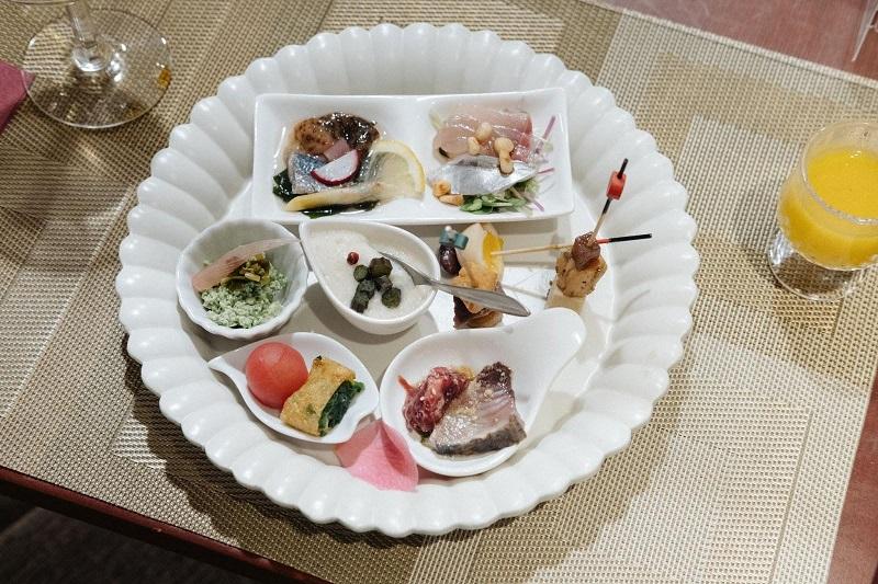 食材や調理法、ひとつひとつにこだわった前菜プレート