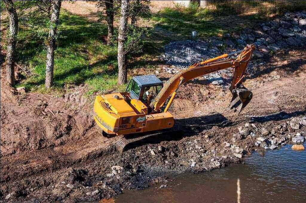 0208060001-09-Excavation-with-dredgers-1024x680.jpg