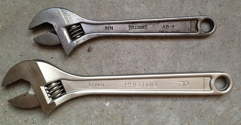 800px-Western_Forge_Williams_and_Proto_adjustable_wrenches.jpg