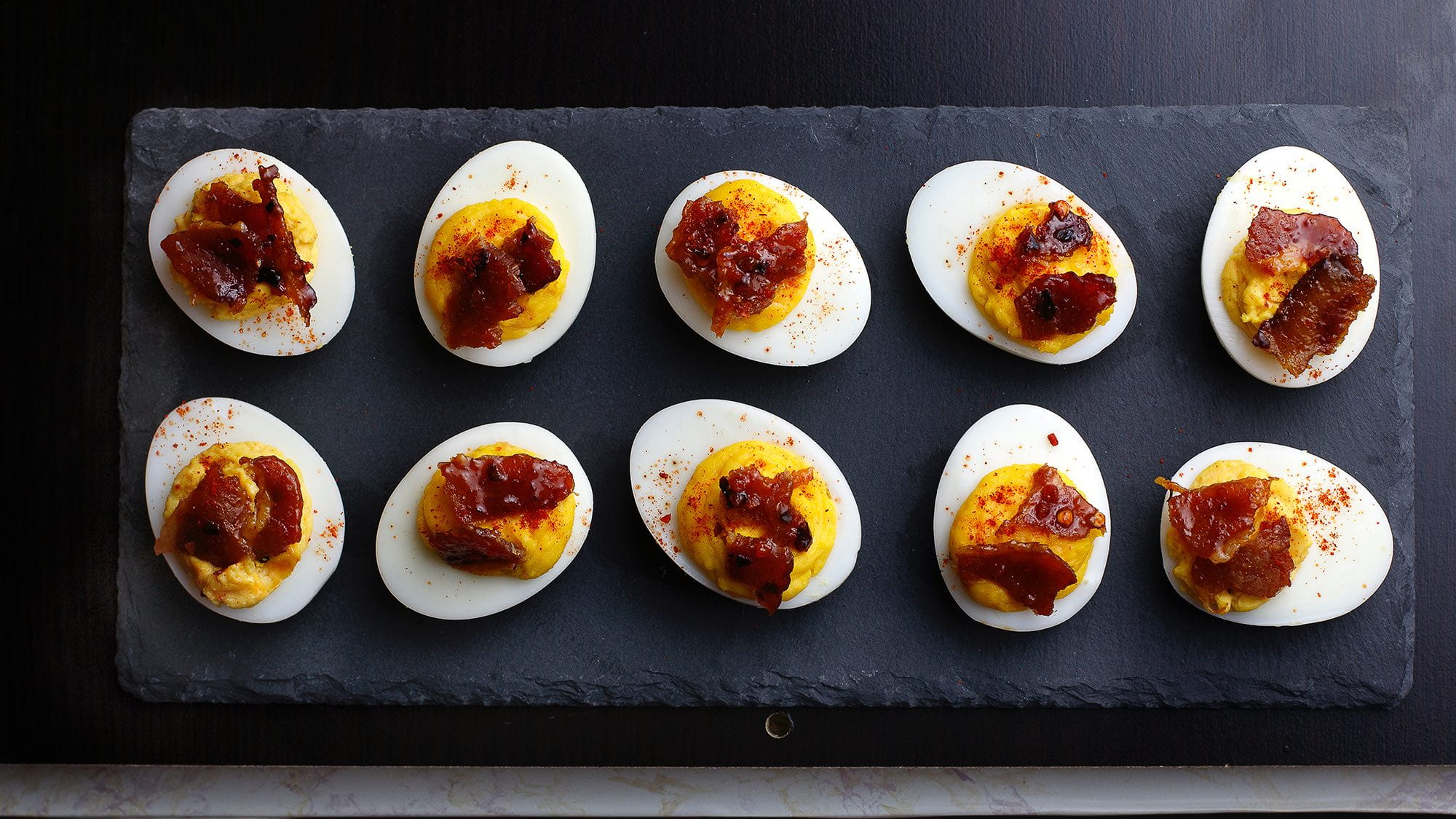 sriracha-deviled-eggs-with-candied-bacon.jpg