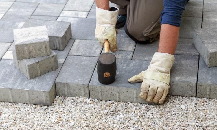 paver-installation-service-750-450.jpg