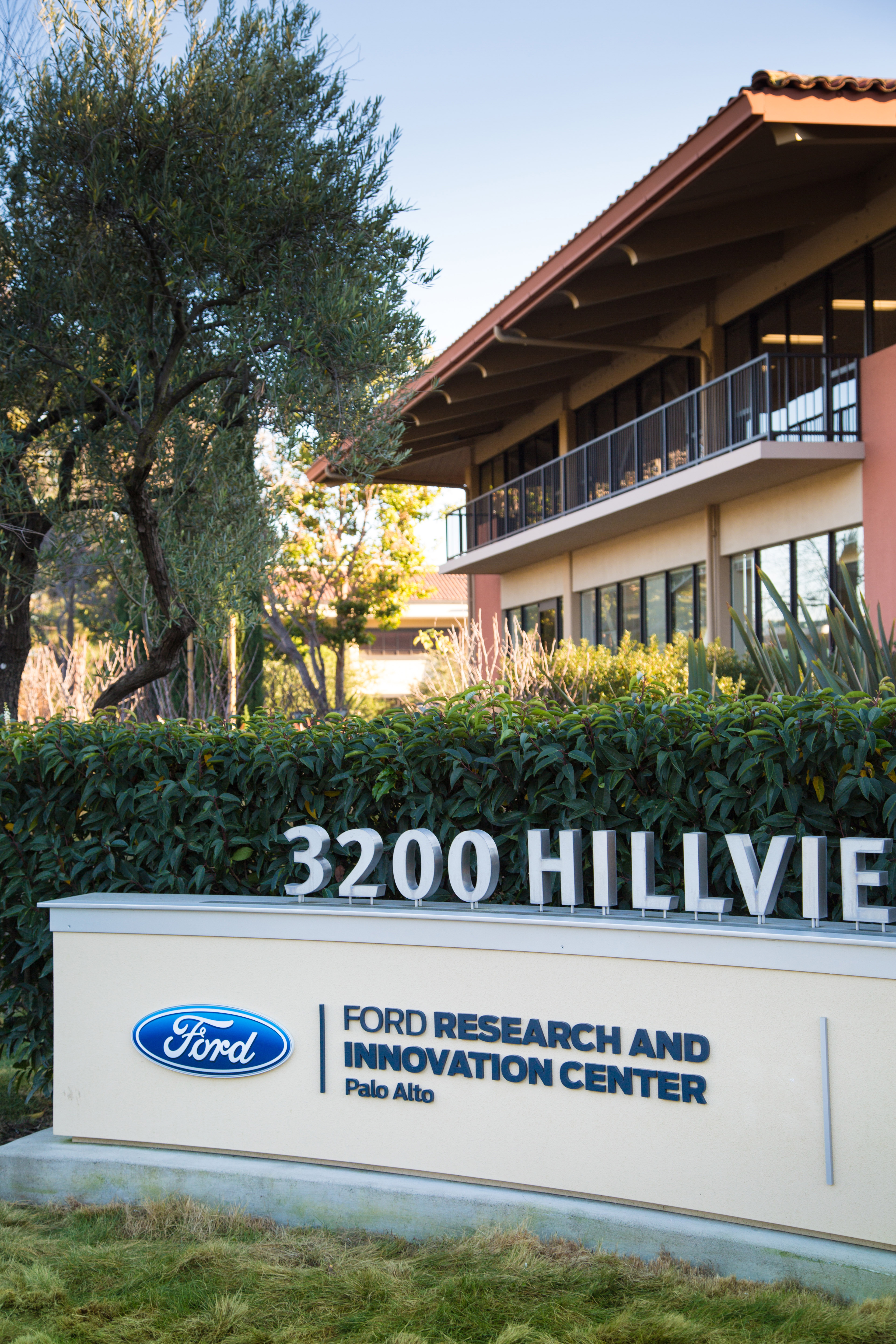 Ford is opening the Research and Innovation Center Palo Alto, Calif. to accelerate its development of technologies and experiments in connectivity, mobility, autonomous vehicles, customer experience and big data.