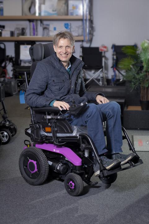 Invacare Aviva RX20 Modulite with Tilt M94 powered wheelchair