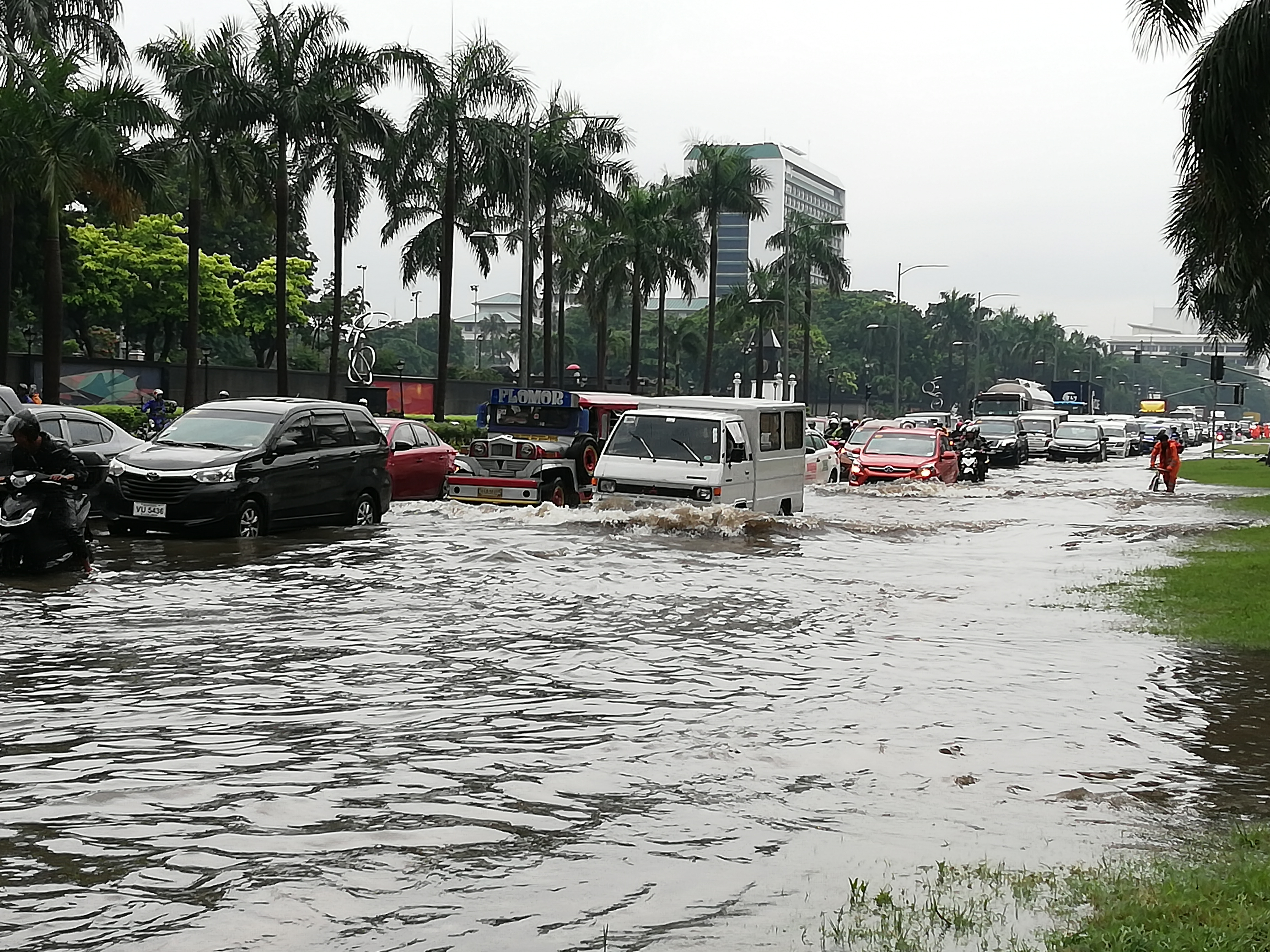 FLOODED MANILA-PNA.jpg