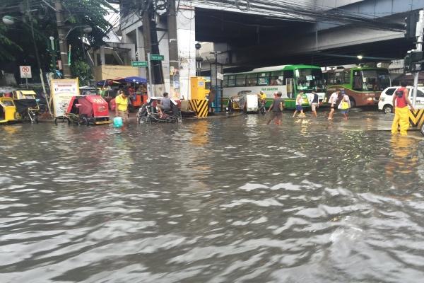 flood-in-cavite-philippines-61fb.jpg